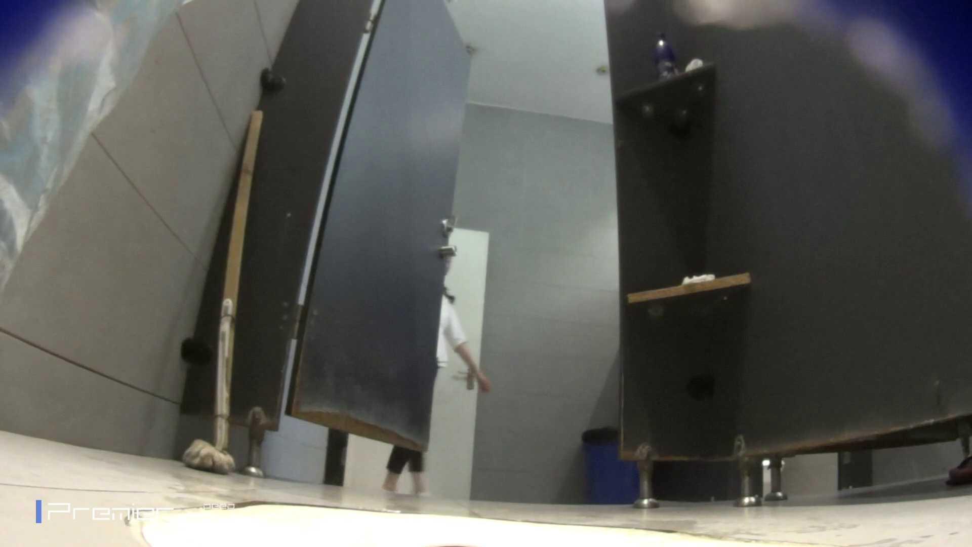 フロントから丸見え! 大学休憩時間の洗面所事情60 丸見え 濡れ場動画紹介 87pic 41