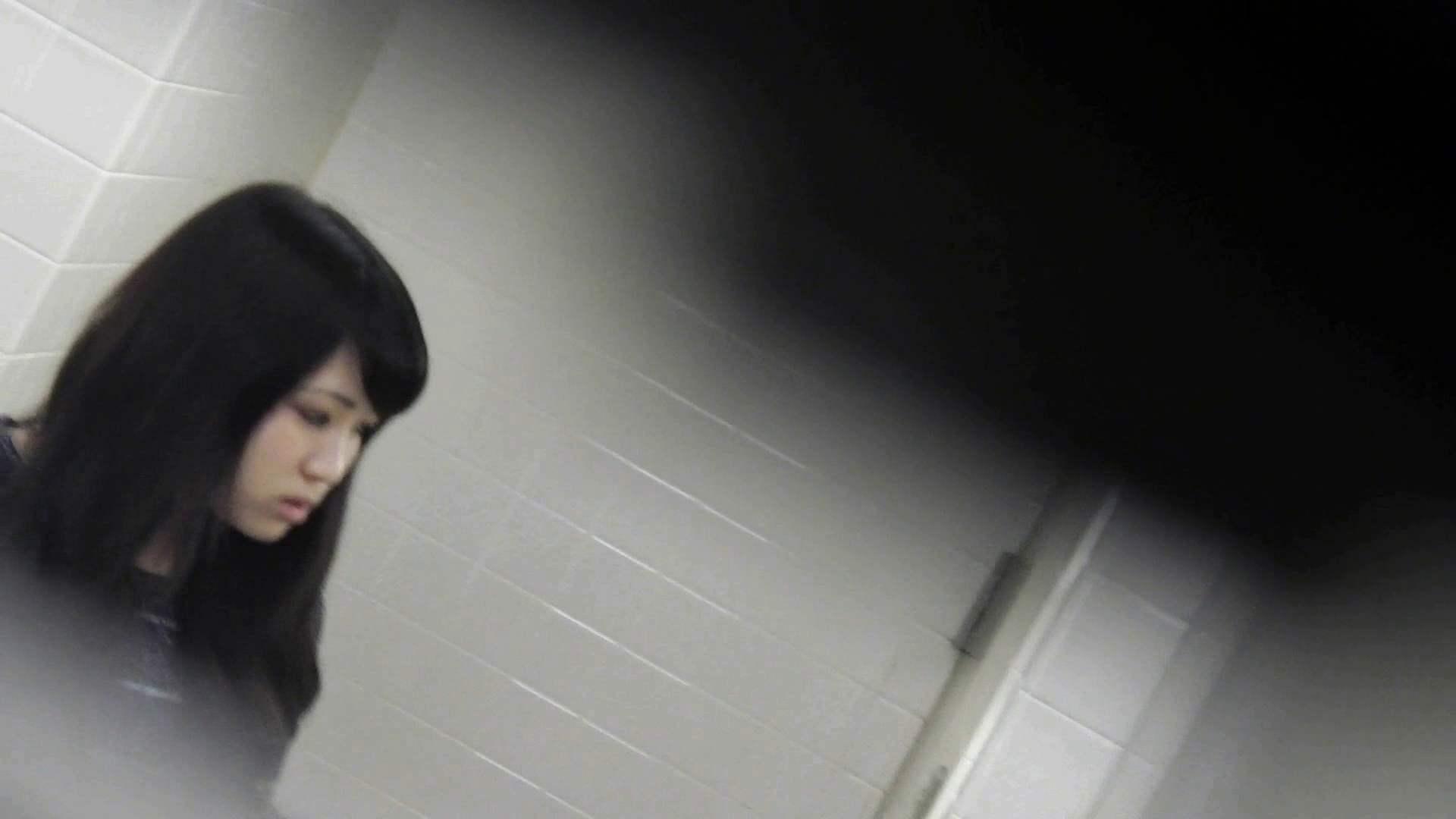 お銀さんの「洗面所突入レポート!!」無料お試し動画!!その2 0  108pic 108