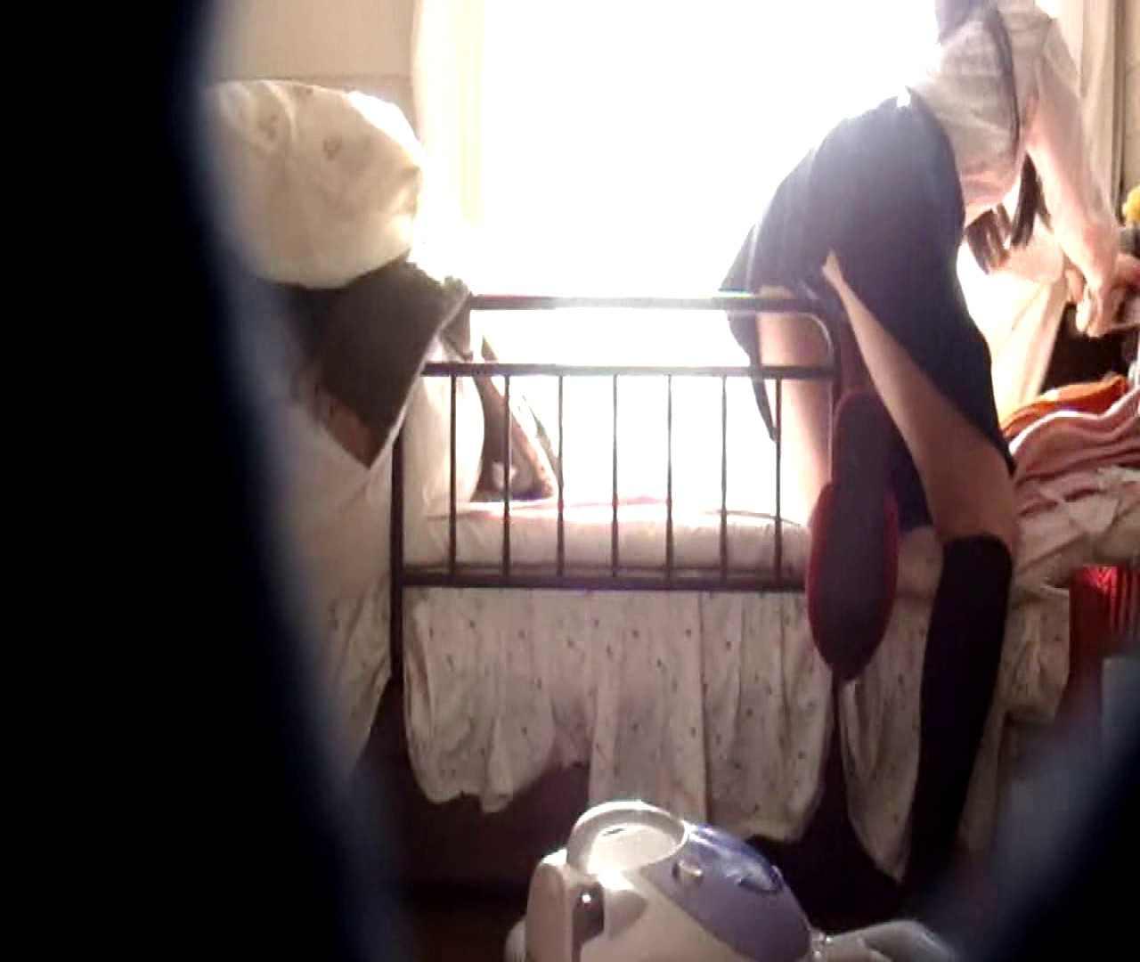vol.3 まどかがパンツを見せながら部屋掃除、洗面所も少しどうぞ。 パンツ おめこ無修正画像 89pic 24
