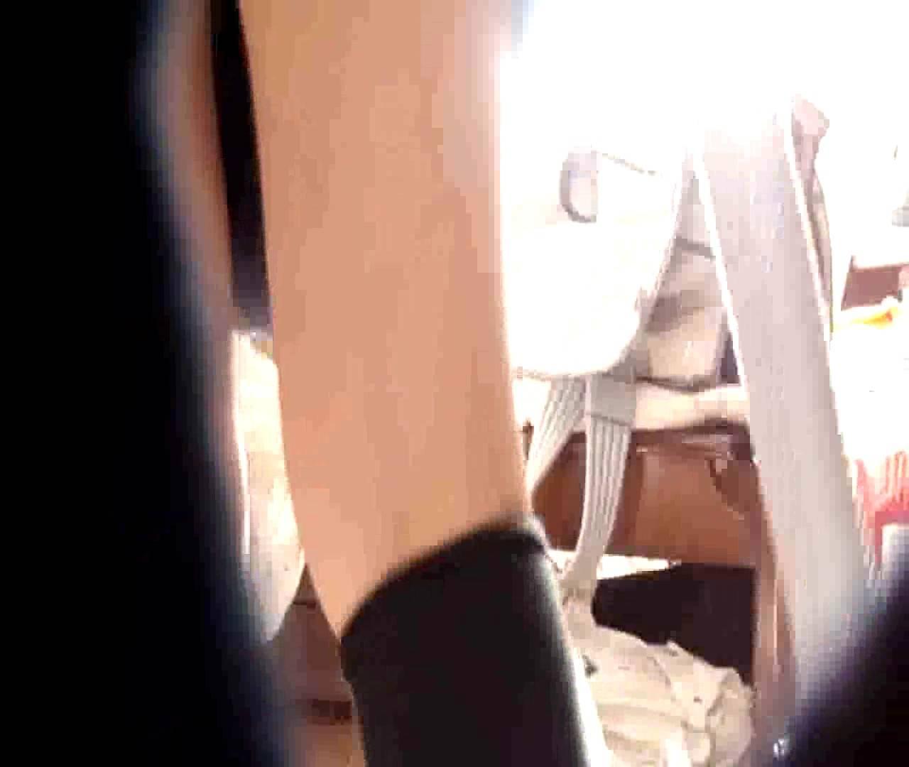 vol.3 まどかがパンツを見せながら部屋掃除、洗面所も少しどうぞ。 洗面所 おめこ無修正動画無料 89pic 43