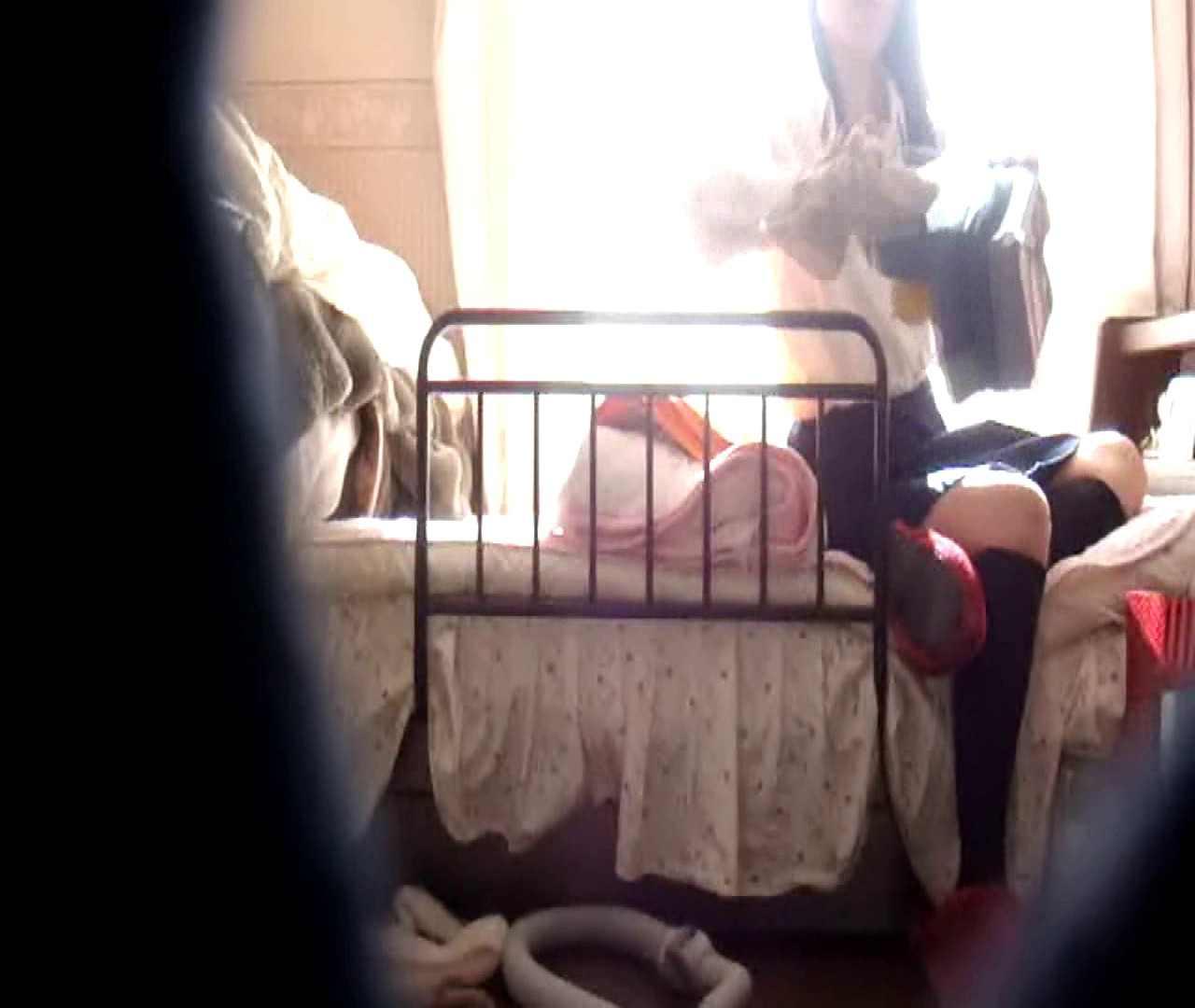 vol.3 まどかがパンツを見せながら部屋掃除、洗面所も少しどうぞ。 洗面所 おめこ無修正動画無料 89pic 73