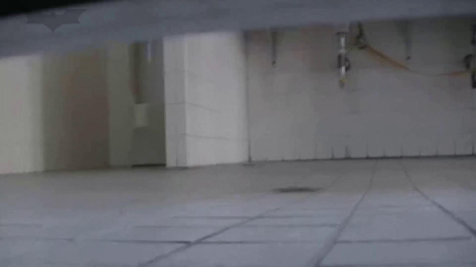 夏の思い出浜辺トイレ盗撮Vol.24 潜入 オメコ無修正動画無料 99pic 39