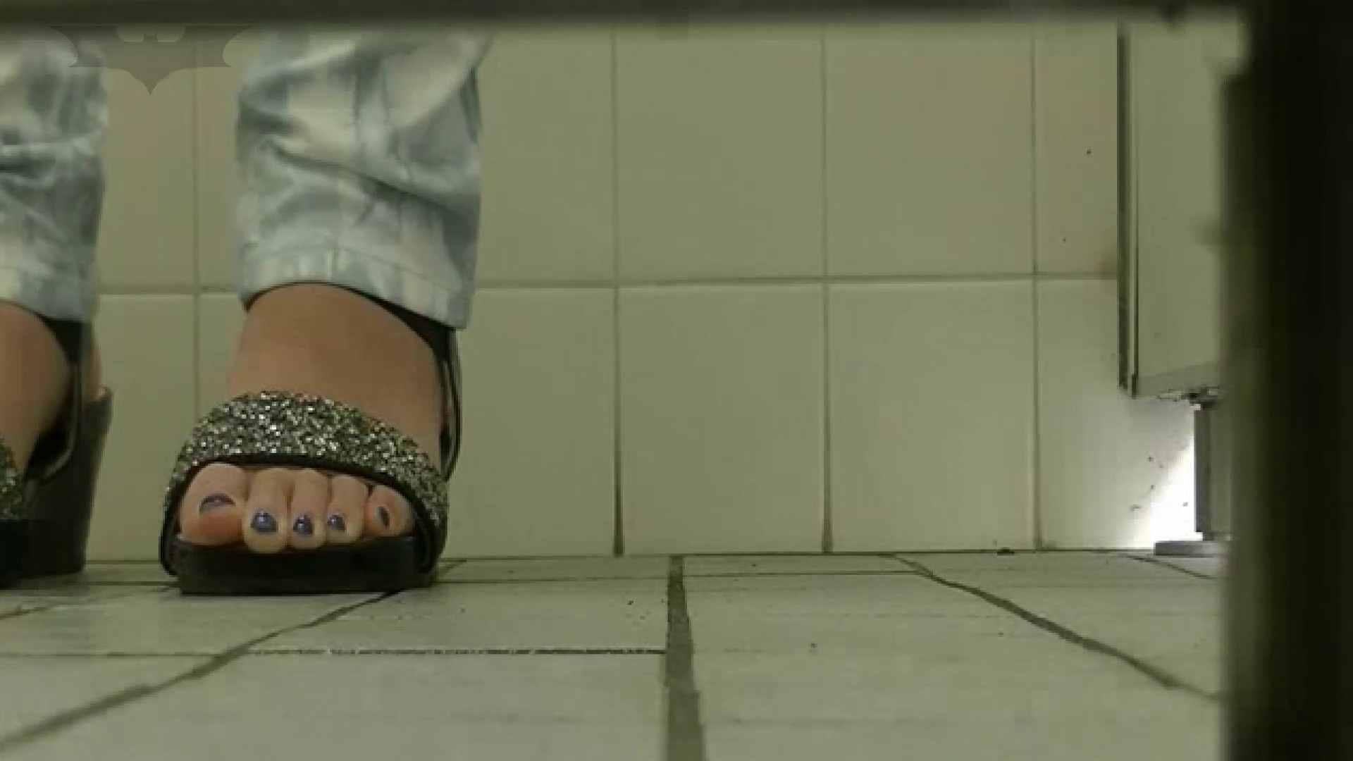 夏の思い出浜辺トイレ盗撮Vol.24 和式 SEX無修正画像 99pic 83