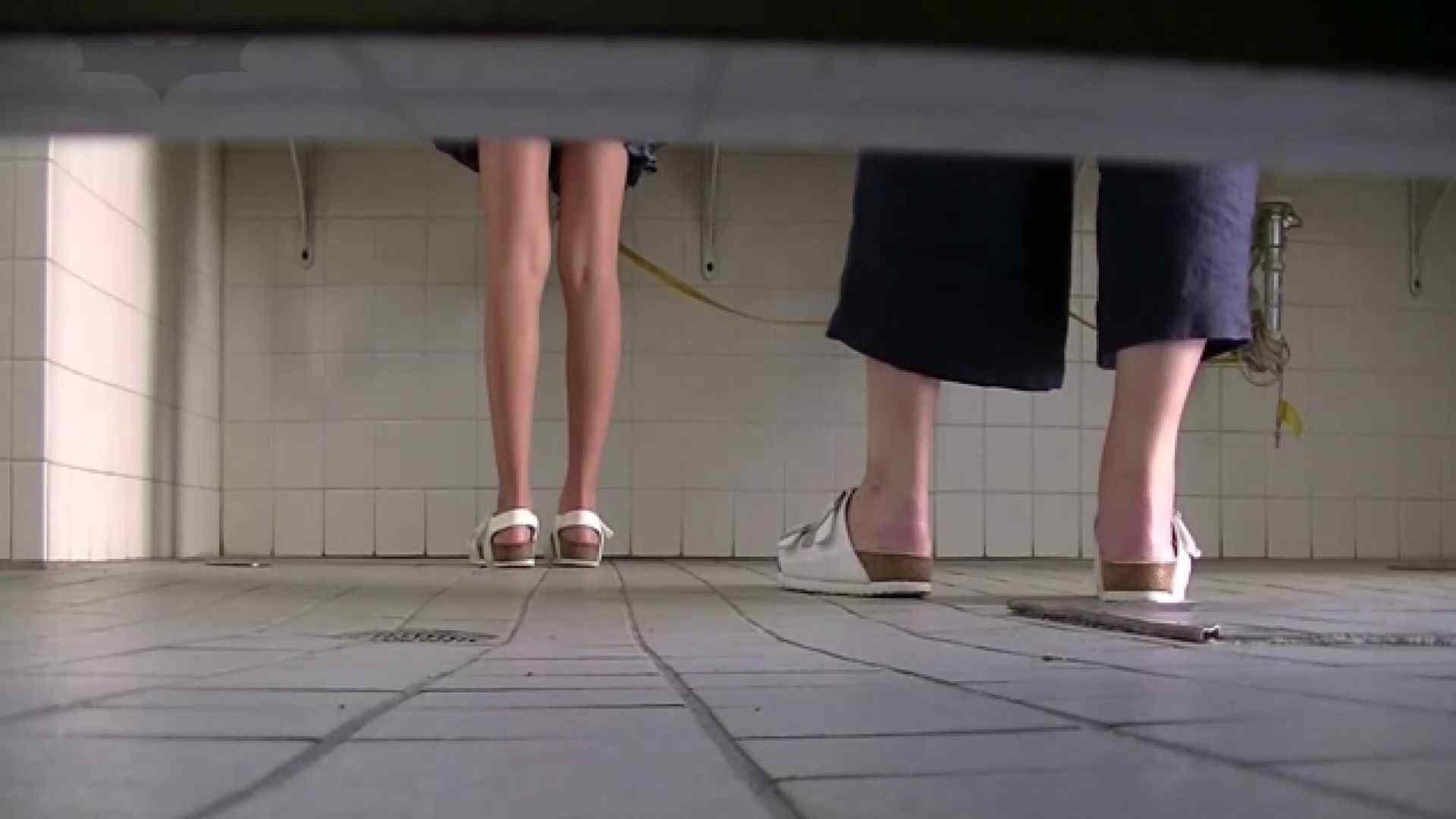 夏の思い出浜辺トイレ盗撮Vol.28 和式 濡れ場動画紹介 104pic 23