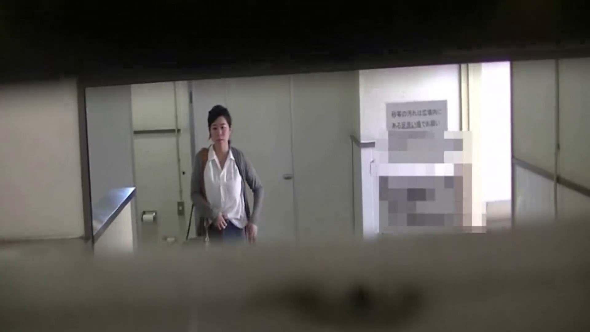夏の思い出浜辺トイレ盗撮Vol.28 潜入  104pic 48