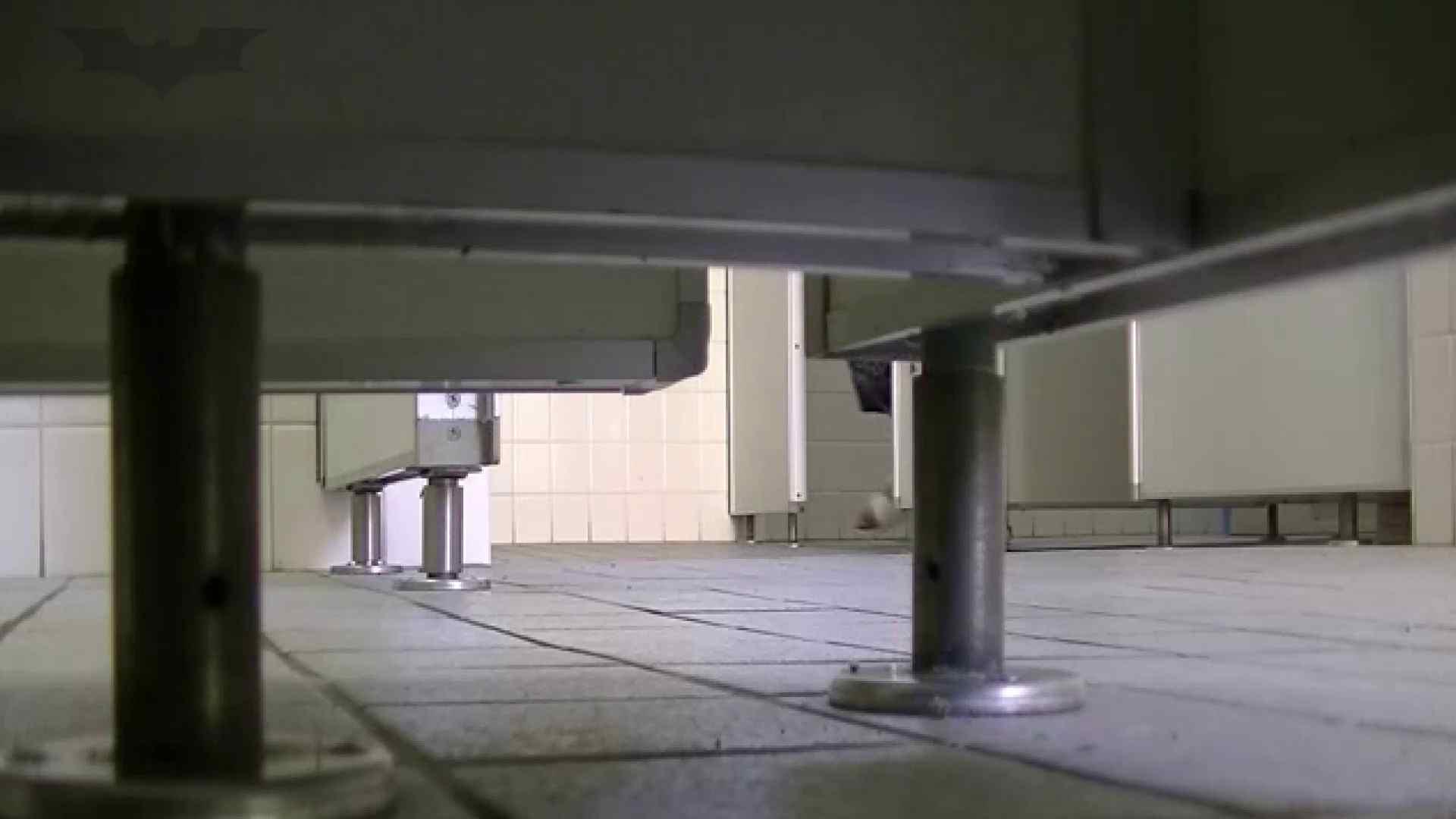 夏の思い出浜辺トイレ盗撮Vol.28 和式 濡れ場動画紹介 104pic 95