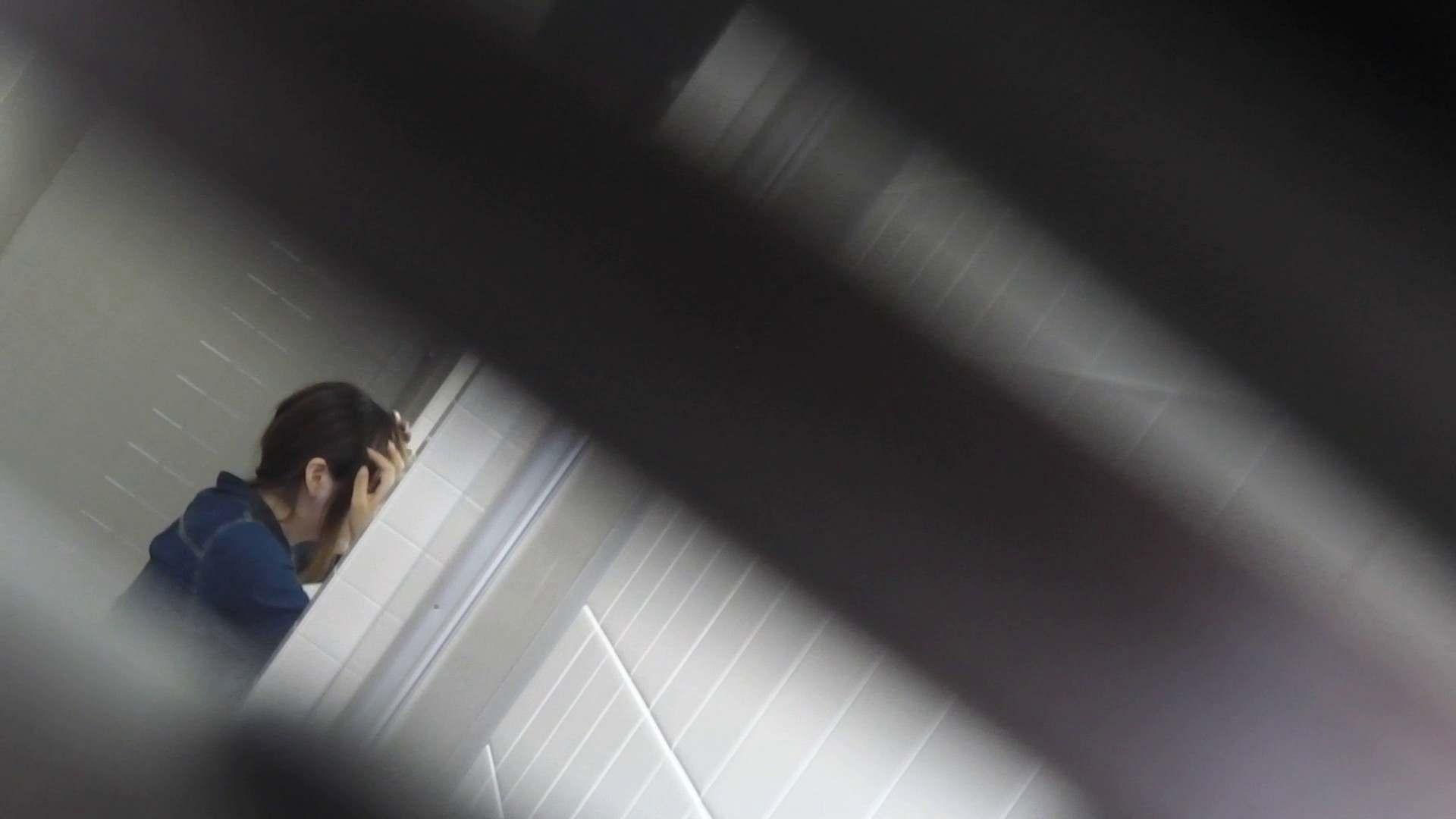 お銀さんの「洗面所突入レポート!!」Nol.11 洗面所 女性器鑑賞 86pic 67