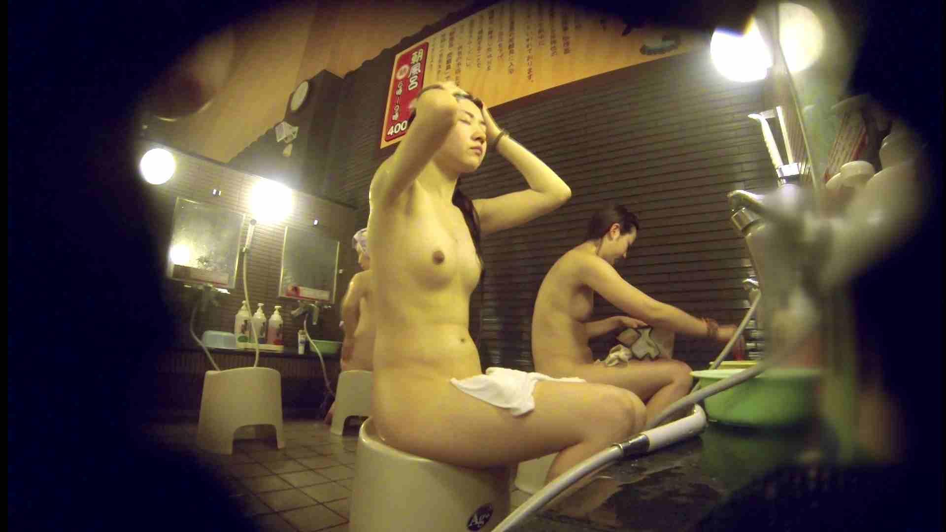 洗い場!しかし・・・綺麗な顔をしてますね。結婚したいな。 0  94pic 33