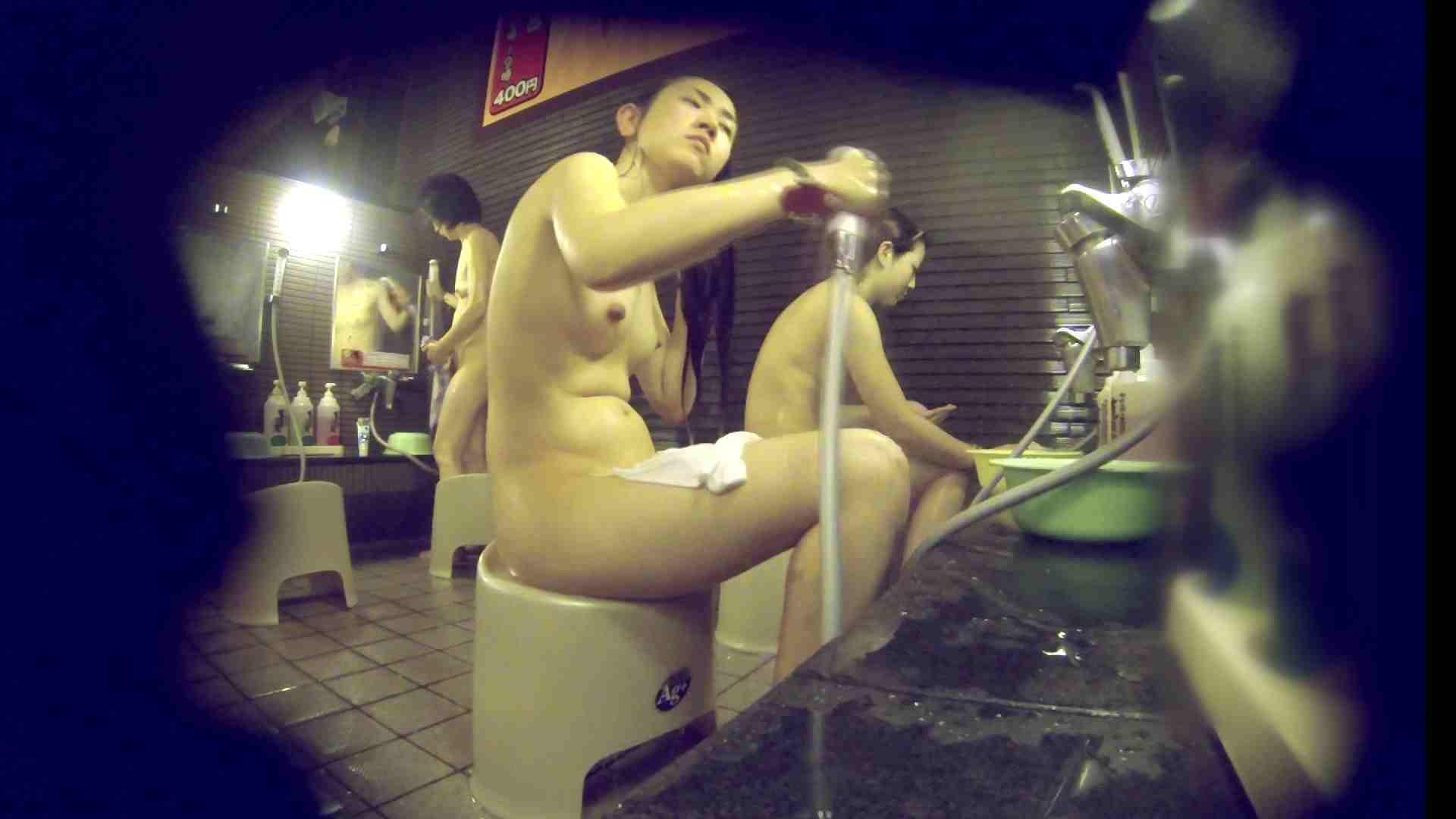 洗い場!しかし・・・綺麗な顔をしてますね。結婚したいな。 0   潜入  94pic 94
