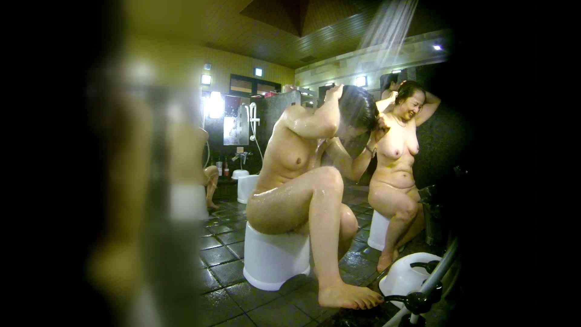 洗い場!右足の位置がいいですね。陰毛もっさり! 潜入 おまんこ動画流出 113pic 47