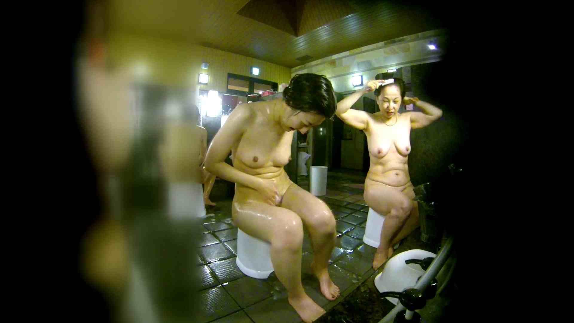 洗い場!右足の位置がいいですね。陰毛もっさり! 潜入 おまんこ動画流出 113pic 53