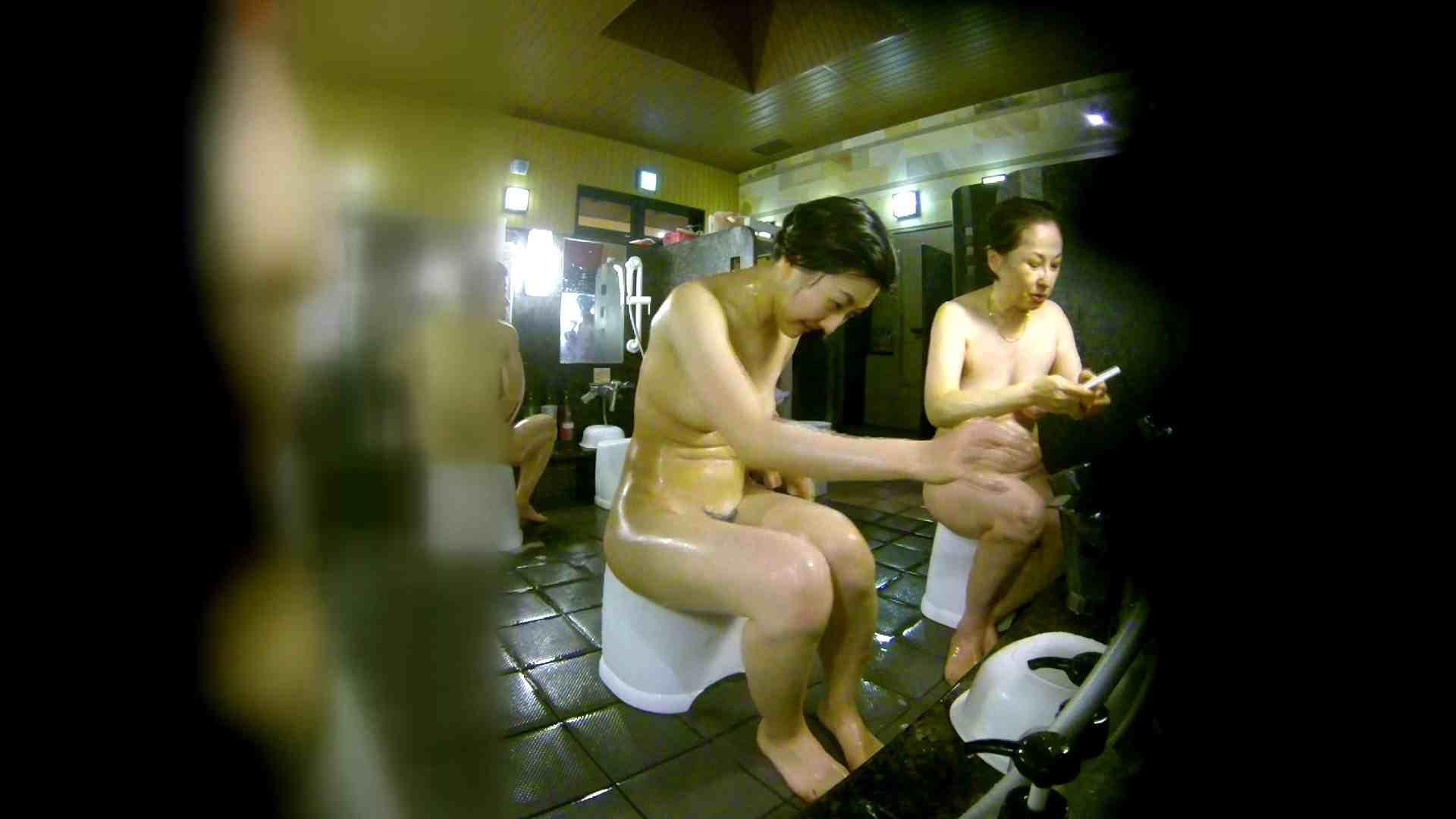 洗い場!右足の位置がいいですね。陰毛もっさり! 銭湯   0  113pic 55