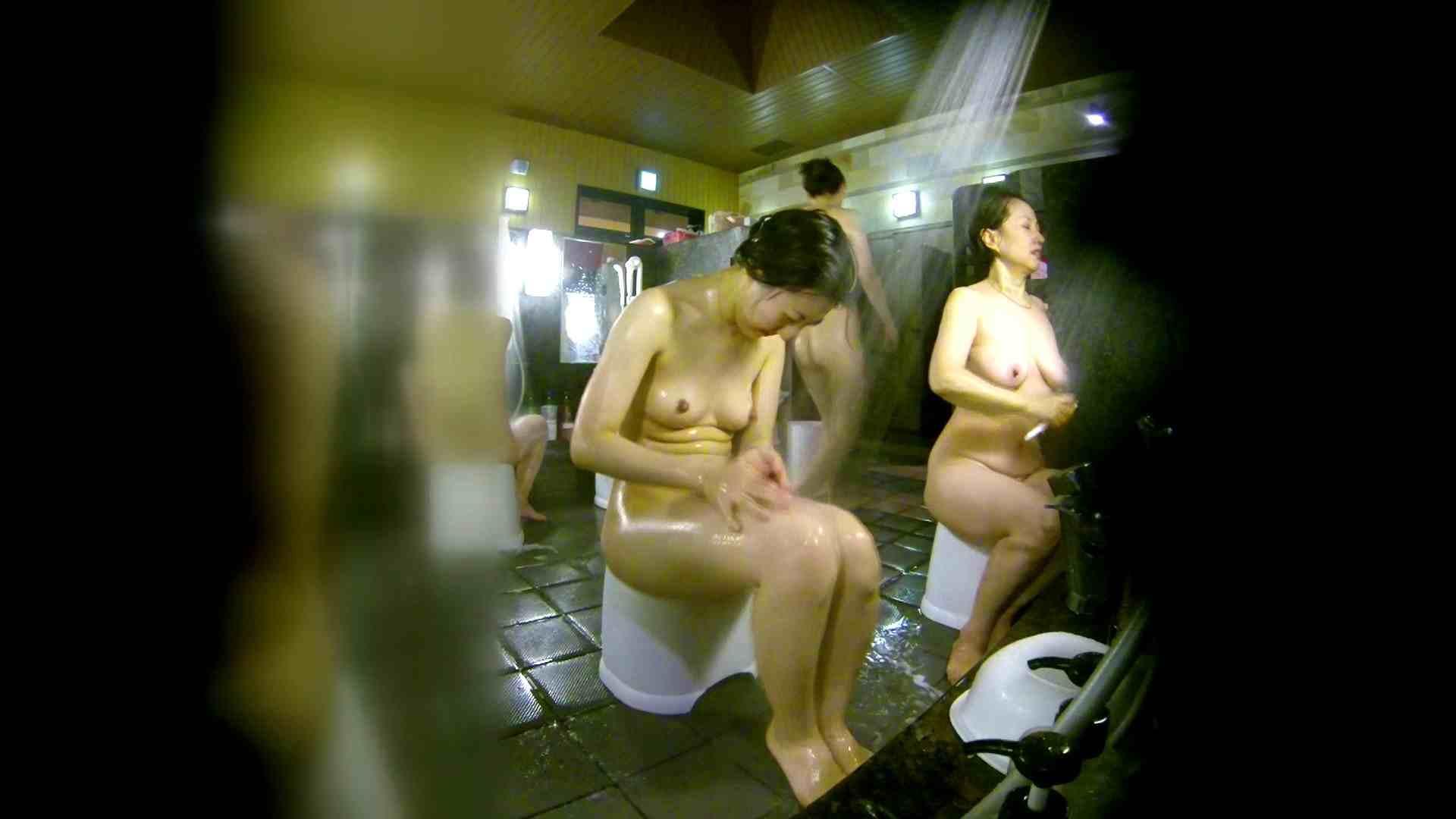 洗い場!右足の位置がいいですね。陰毛もっさり! 銭湯   0  113pic 61