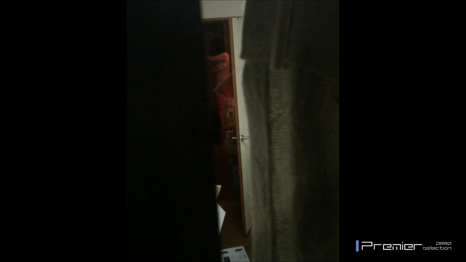 マニア必見!ポチャ達のカーニバル美女達の私生活に潜入! 高画質 盗み撮り動画 112pic 100