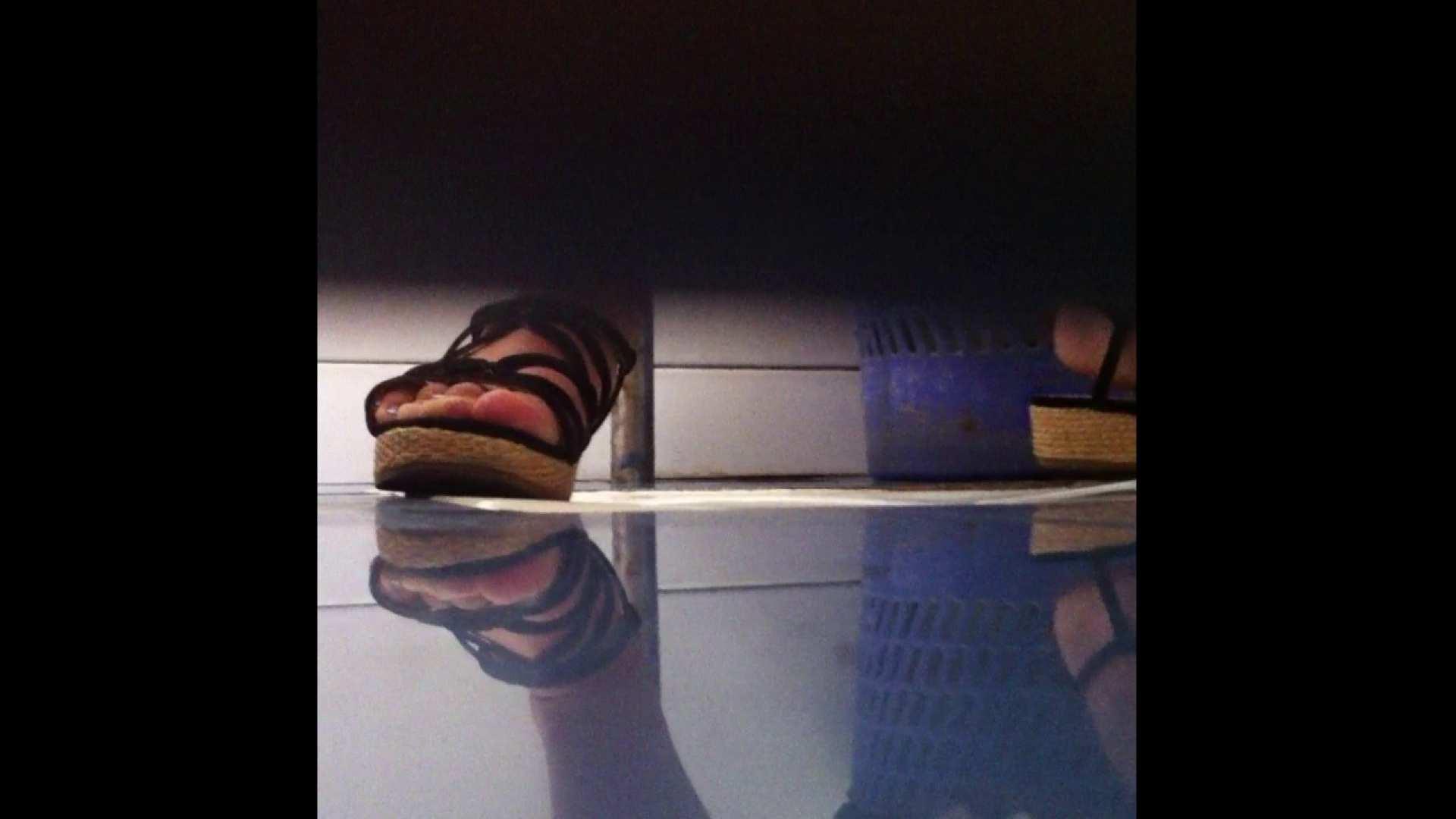 Vol.03 ちょっとお通じが・・・。そして足元の雰囲気でおたのしみください. 丸見え 盗み撮り動画 95pic 19