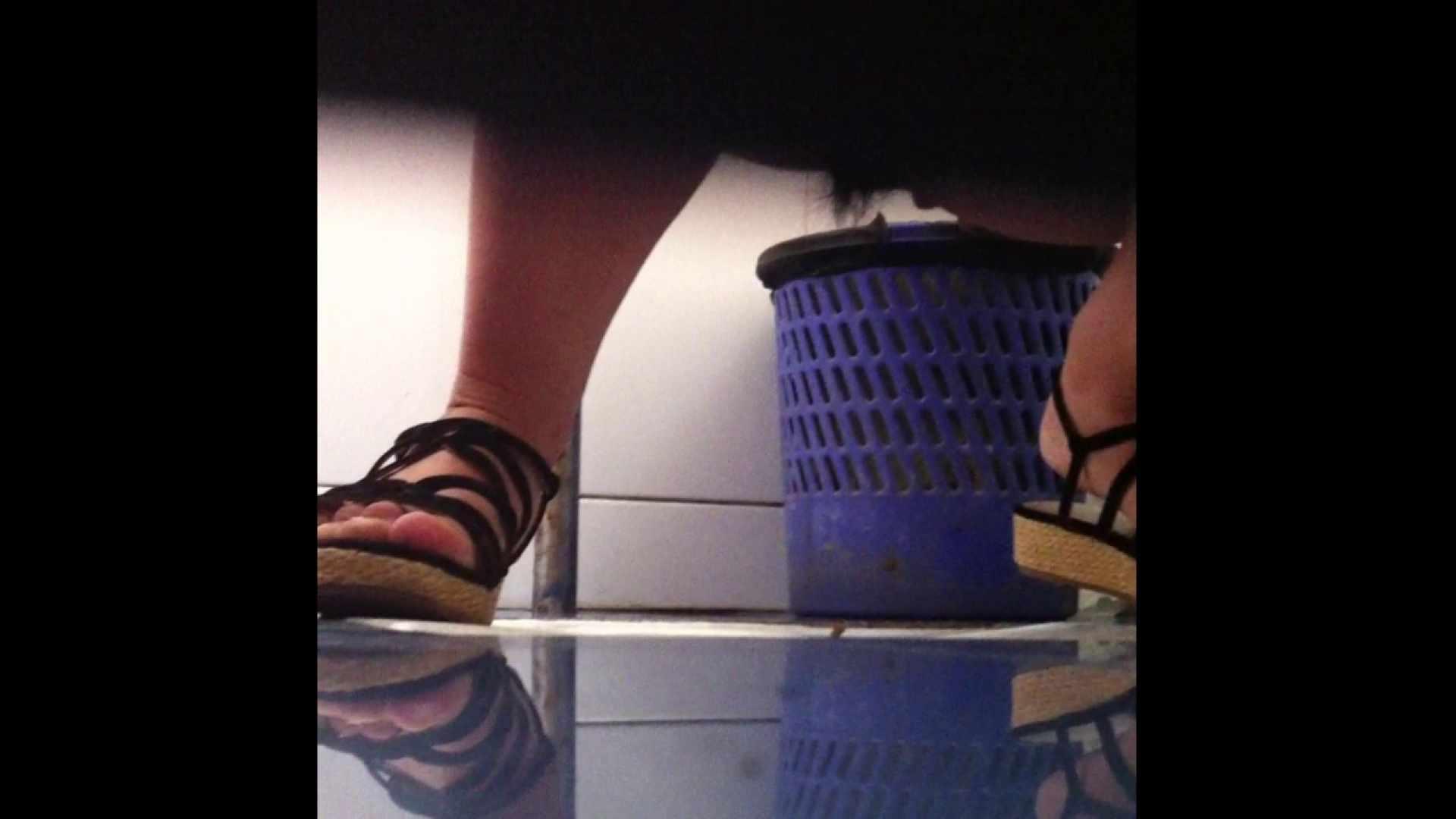 Vol.03 ちょっとお通じが・・・。そして足元の雰囲気でおたのしみください. 0   0  95pic 22