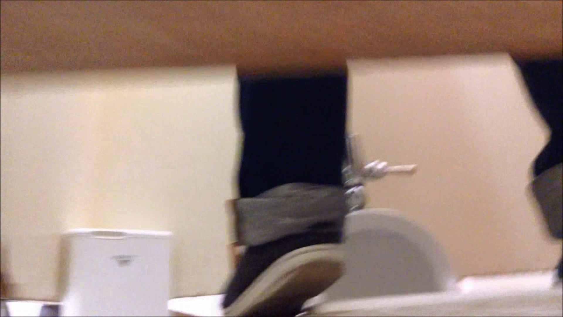 某有名大学女性洗面所 vol.11 和式 のぞき動画キャプチャ 83pic 35