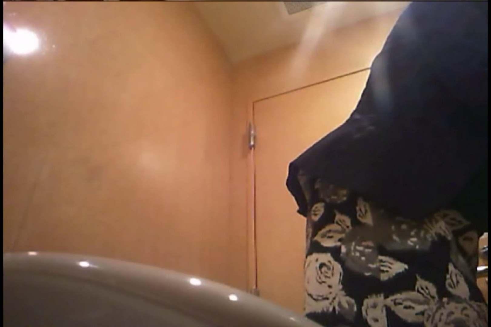 潜入!!女子化粧室盗撮~絶対見られたくない時間~vo,126 潜入 盗撮動画紹介 88pic 20
