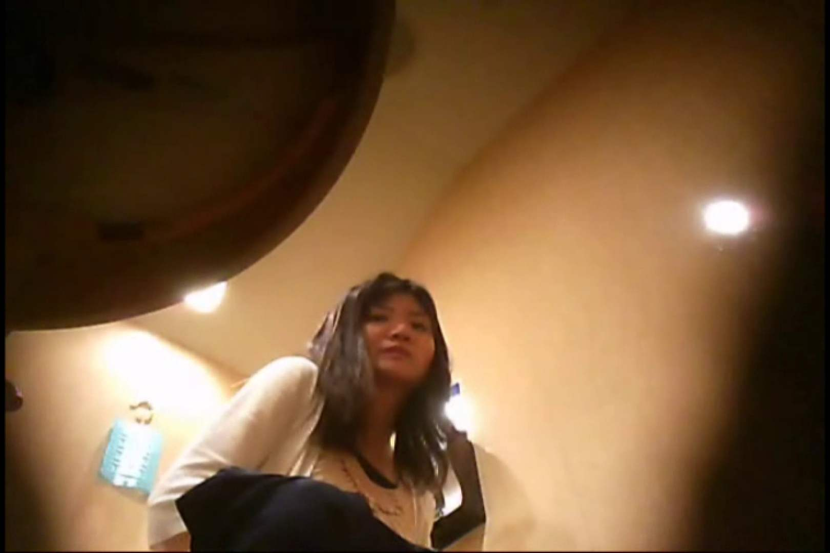潜入!!女子化粧室盗撮~絶対見られたくない時間~vo,127 パンツ のぞき動画キャプチャ 105pic 4
