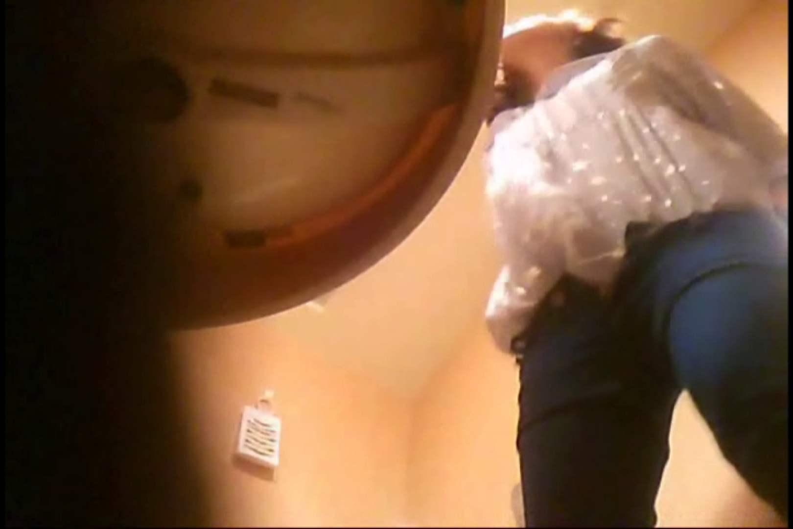 潜入!!女子化粧室盗撮~絶対見られたくない時間~vo,55 Hなお姉さん 盗撮画像 103pic 11