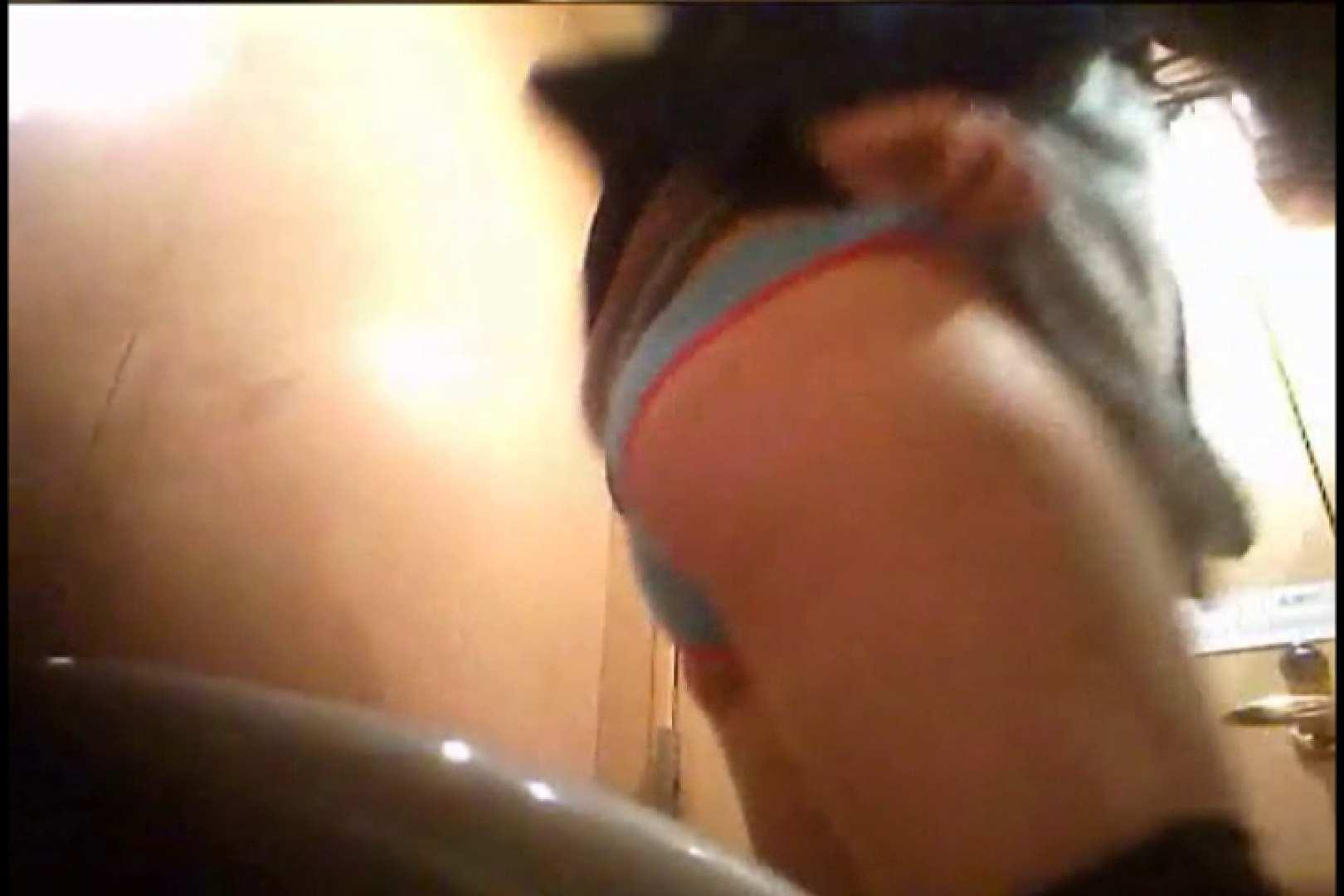 潜入!!女子化粧室盗撮~絶対見られたくない時間~vo,16 0  92pic 30