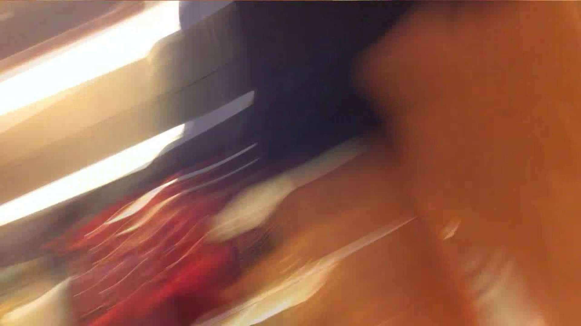 vol.33 美人アパレル胸チラ&パンチラ ギャル系ネーチャンの下着 接写 ワレメ動画紹介 94pic 35
