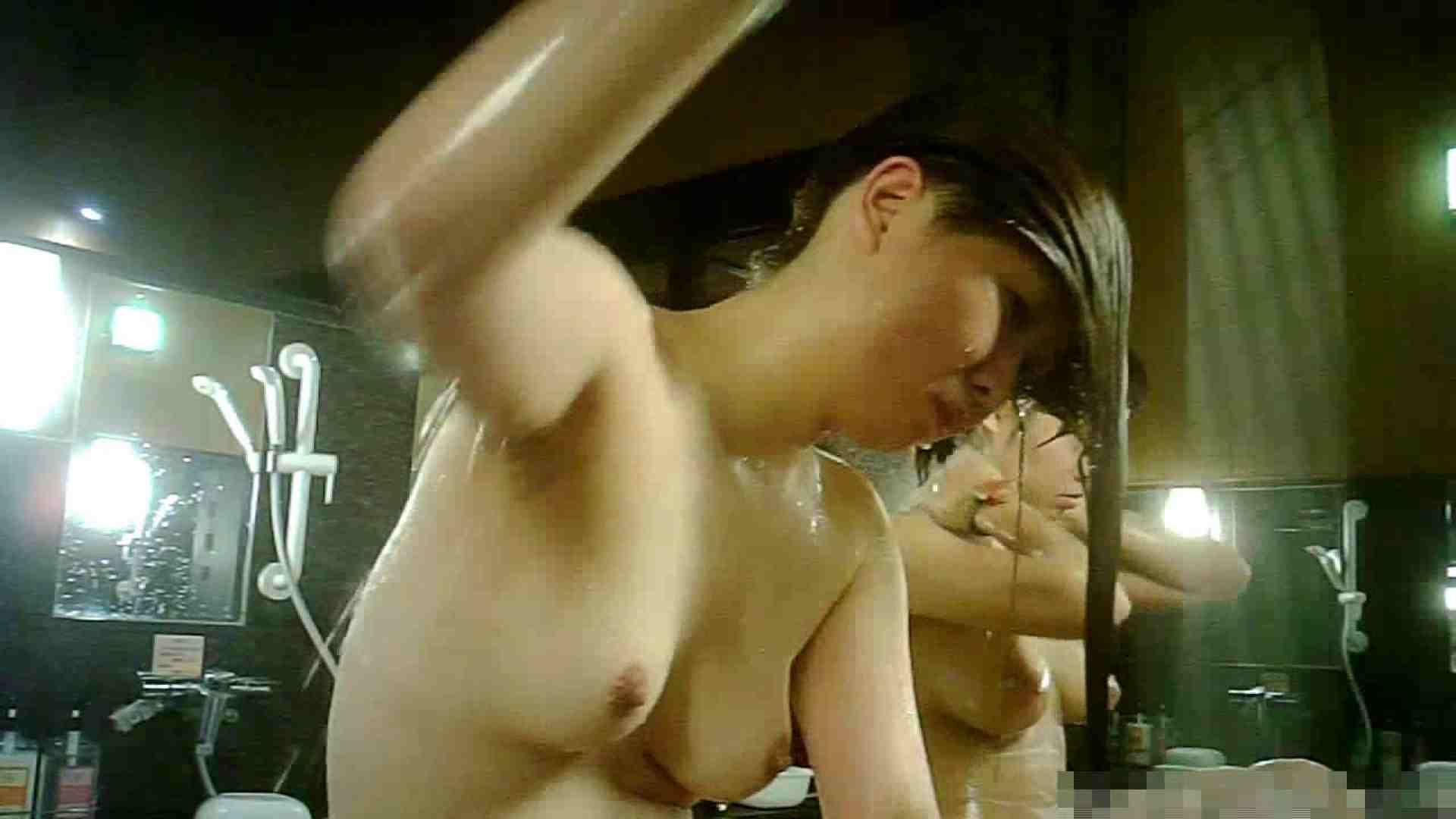 手を染めてしまった女性盗撮師の女風呂潜入記 vol.004 0   0  81pic 55