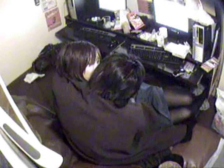 インターネットカフェの中で起こっている出来事 vol.003 カップル おめこ無修正動画無料 86pic 6