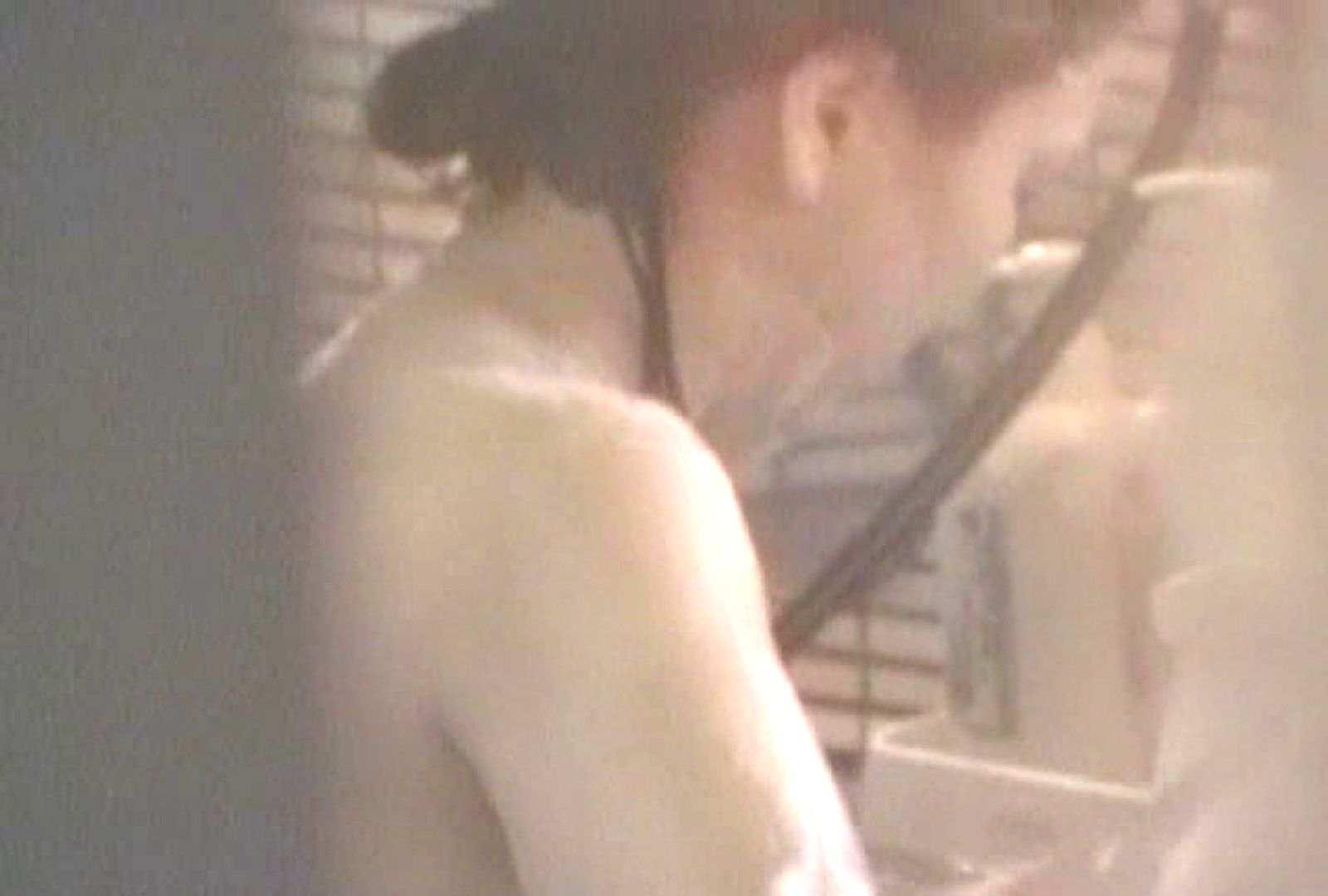 素人投稿シリーズ 盗撮 覗きの穴場 大浴場編  Vol.2 覗き 女性器鑑賞 112pic 17